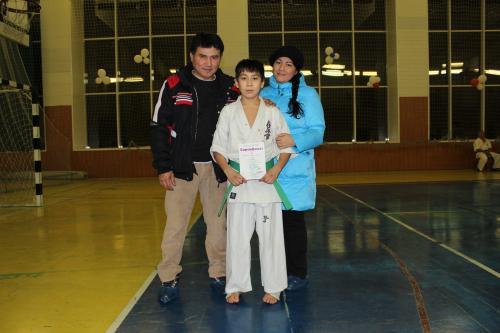 Нияз с родителями